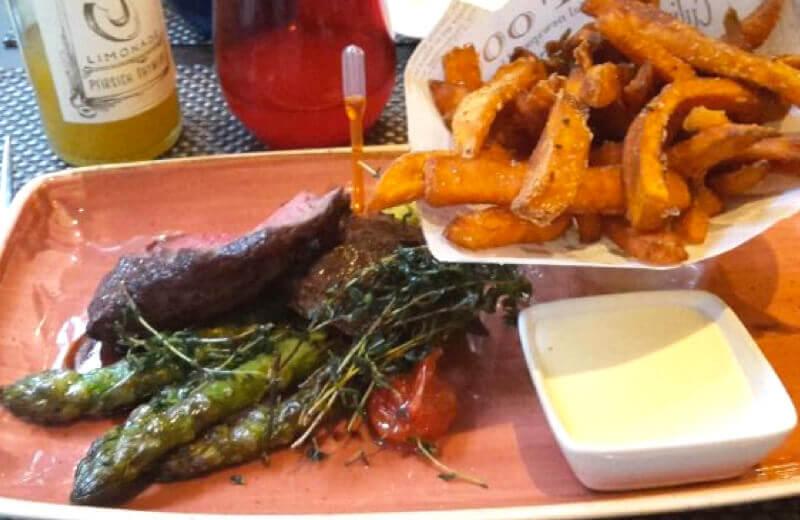 Steak im Q1 Restaurant